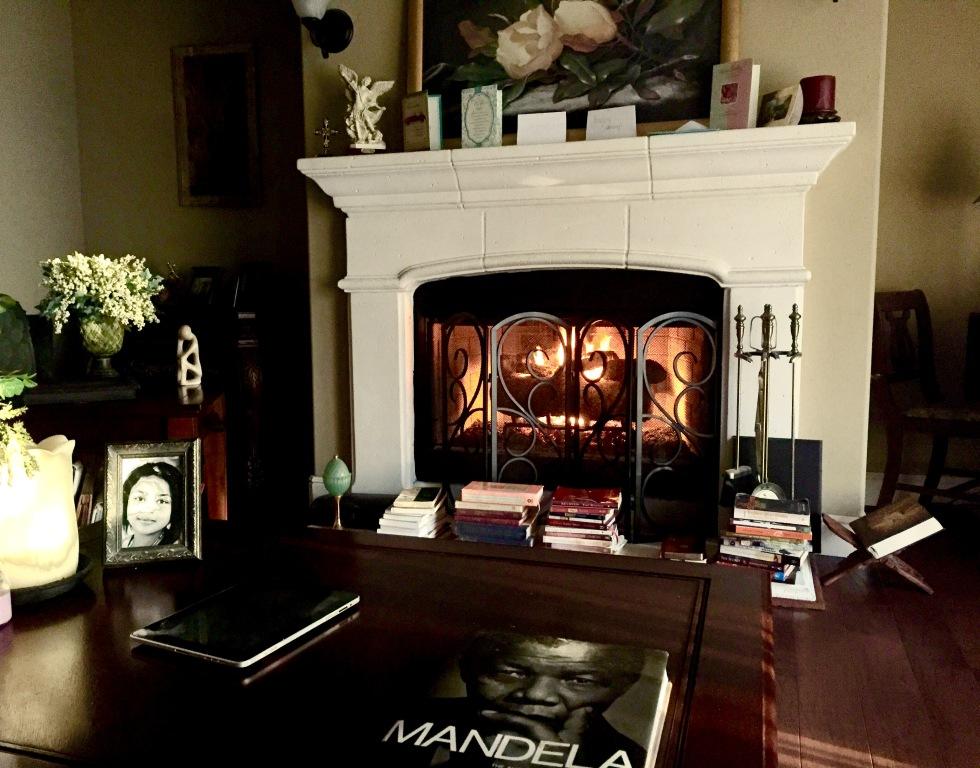 Fire Place Myra Golden